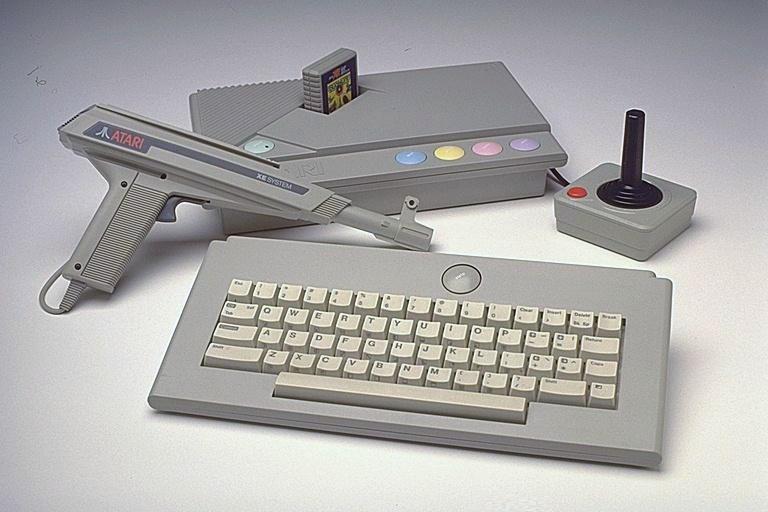 Play Atari Tempest - IGN